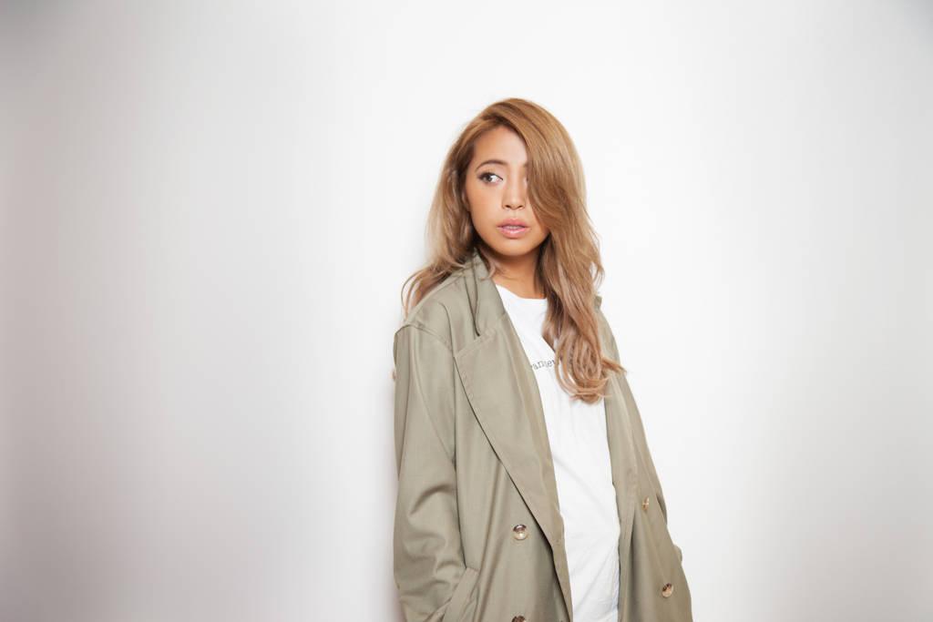 雑誌やブログで質問殺到!モデル峯村優衣のベースメーク法を大公開