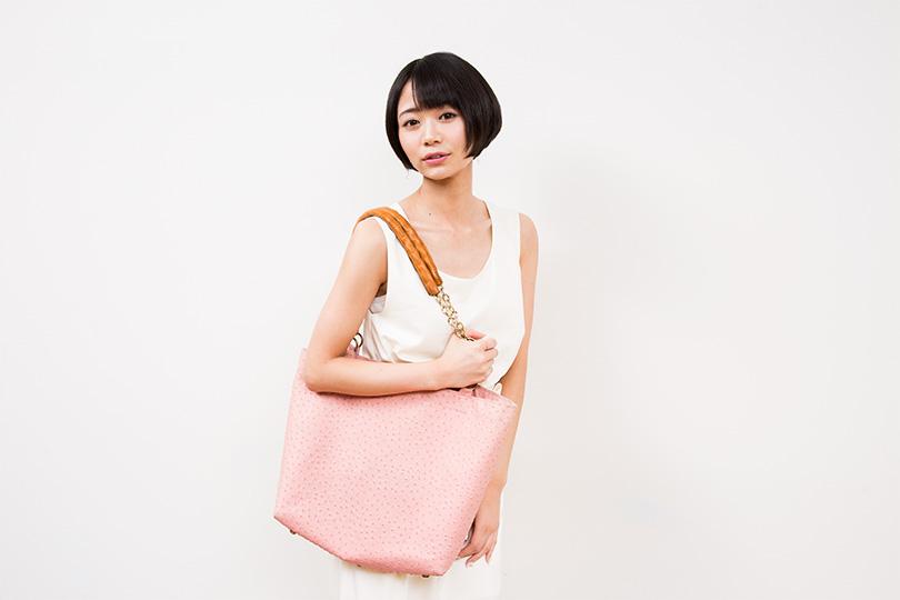 貧乏ならではの工夫⁉︎女優 緑川静香のバッグの中身