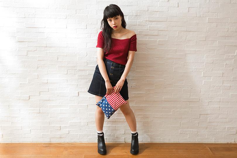 見てるだけで楽しい! 鶴田ひろみのバッグはまるでおもちゃ箱♡