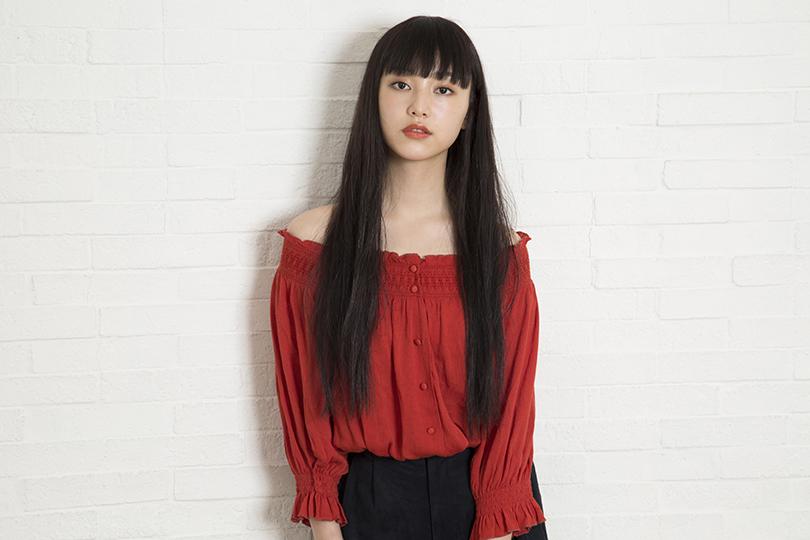 女子高生モデル、山田愛奈の愛用コスメやメイク方法を徹底調査♡