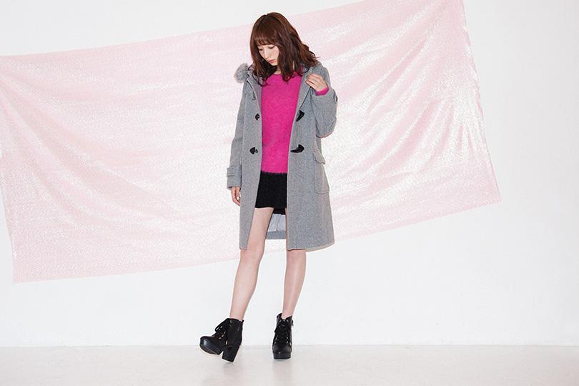 佐藤さきが着る! 冬コーデをもっと可愛く見せるダッフルコート