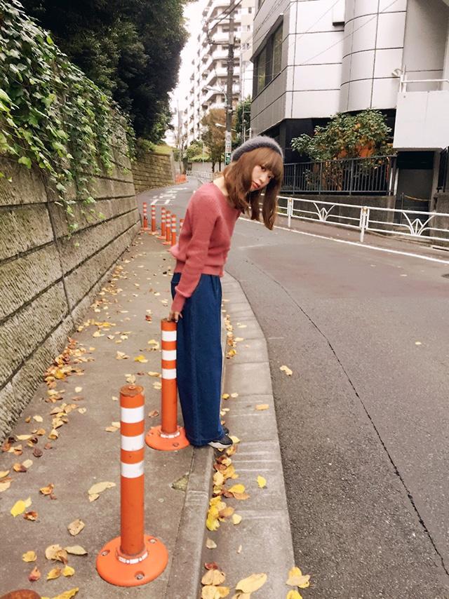 東郷神社の脇の道