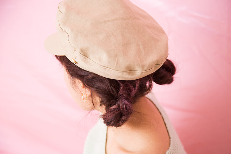 帽子別!キュートなヘアアレンジをタイ出身のitガール、ヴィエンナがご紹介♡