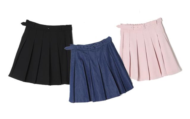 3色をイメージ別に着回し♡ ニコルが着こなすベルト付きプリーツスカート