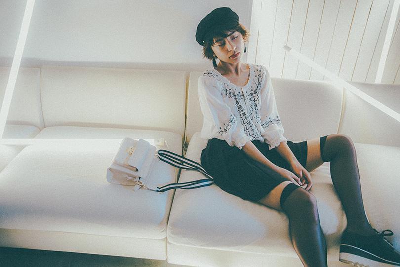 ラブリが着こなす春のヘザー Vol.1 モノトーンでつくる甘さ控えめなスカートスタイル