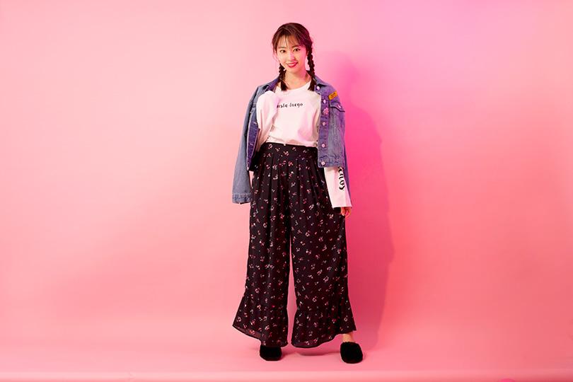 NMB48藤江れいなが着まわす! こなれ感たっぷりの花柄パンツ