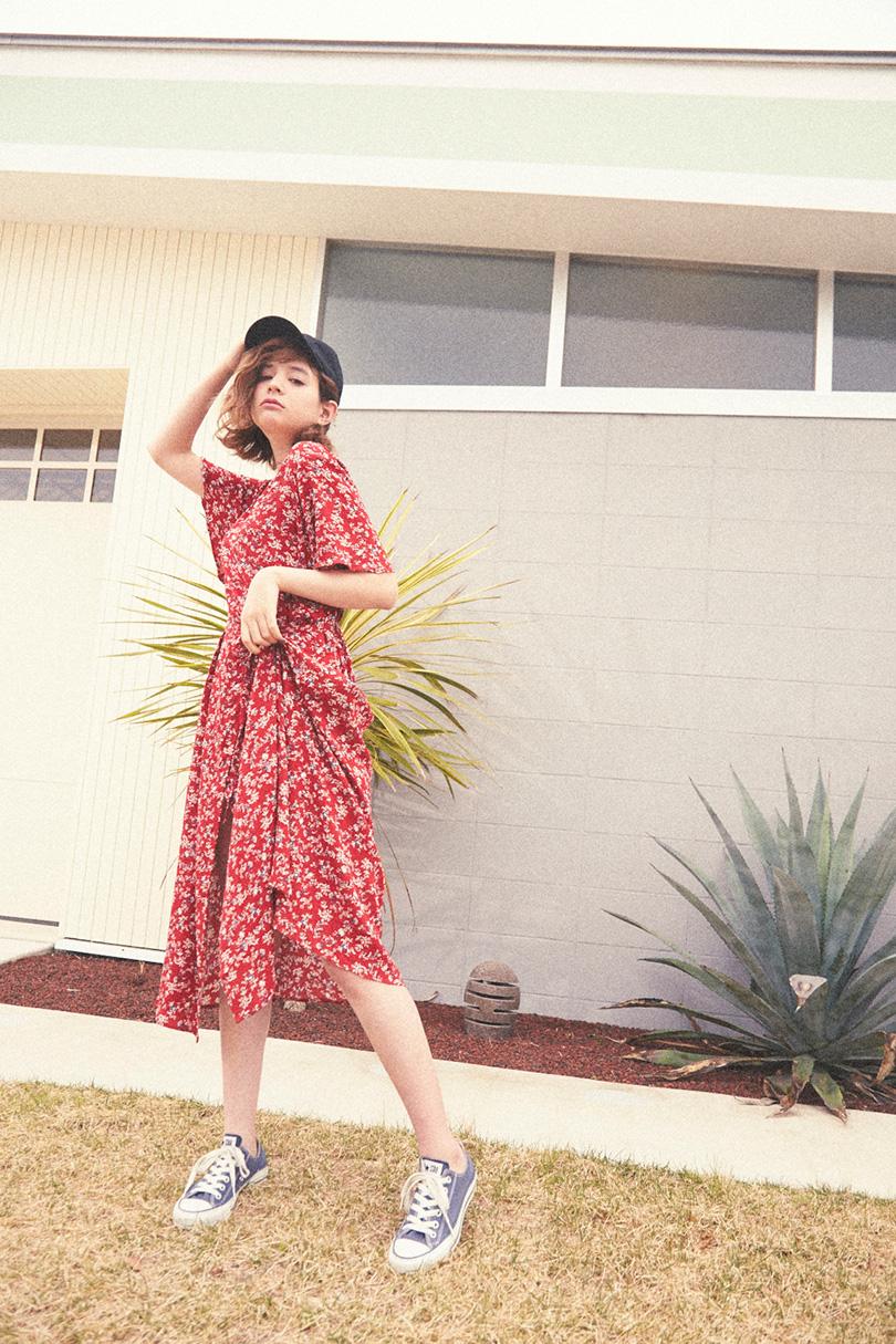 瑛茉ジャスミンが着る夏の赤♡