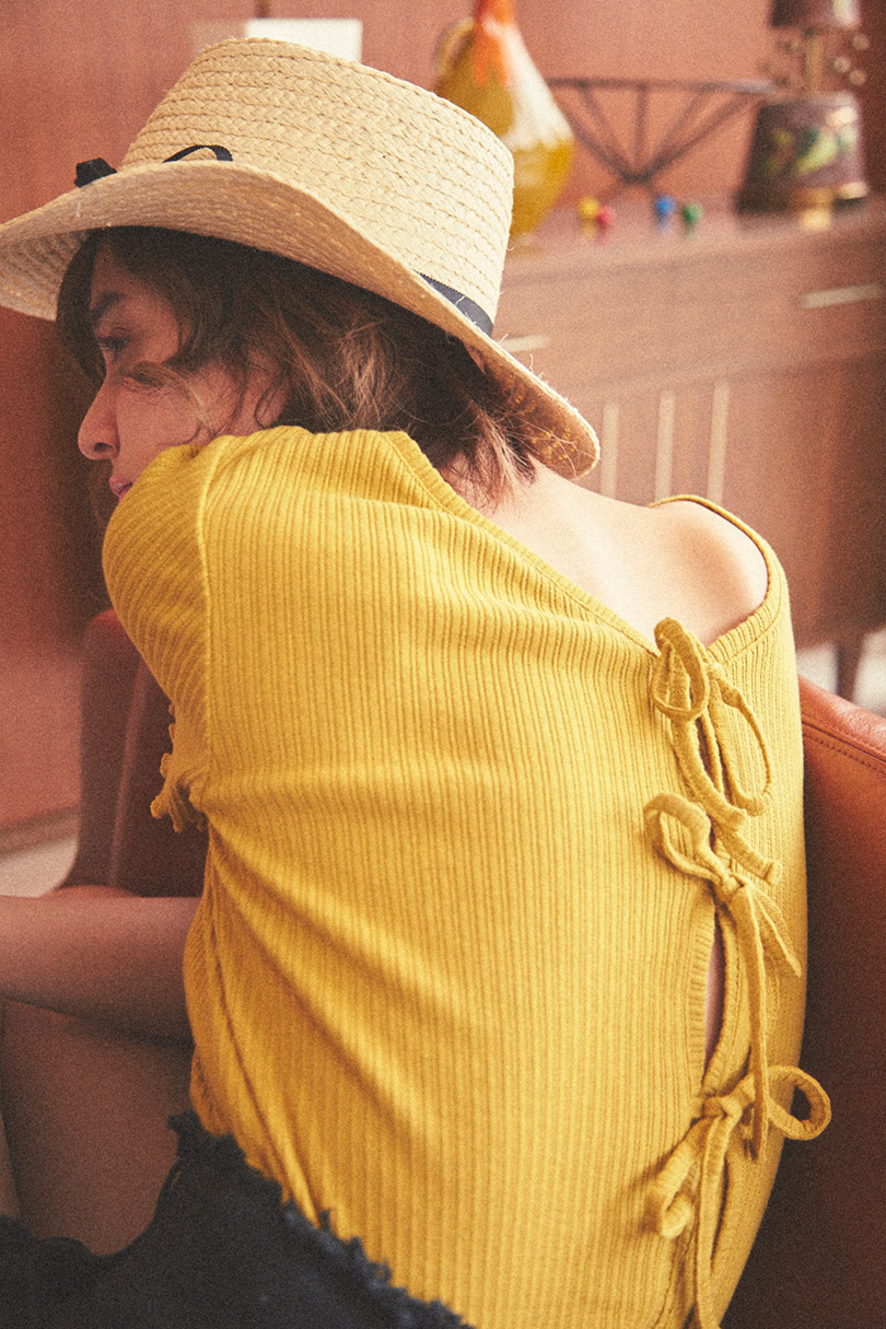 瑛茉ジャスミンが着る、色別デニムショーパンスタイル