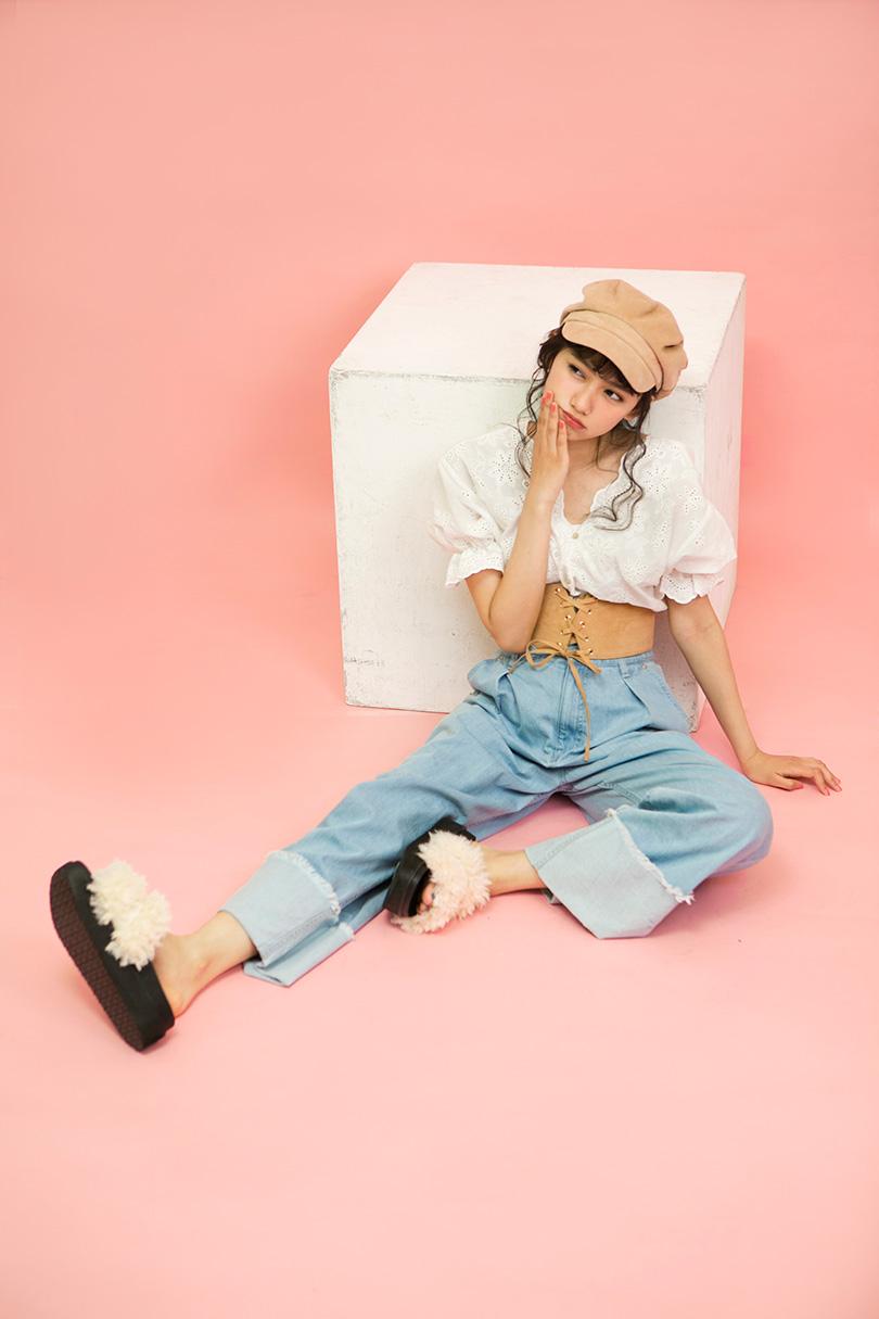 黒崎レイナが着こなす♡ふんわりしたシルエットが可愛い2WAYブラウスで作るガーリーコーデ