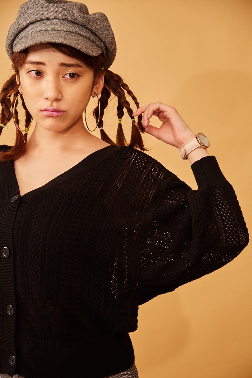 都丸紗也華が着こなす♪ガーリーなドルマンニットで作る秋の着やせコーデ4パターン