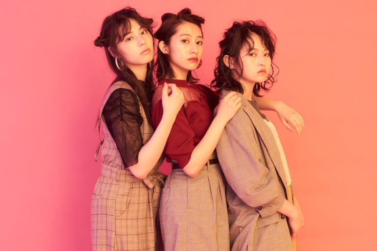乃木坂46Vol.1♡チェックスタイルを着こなし