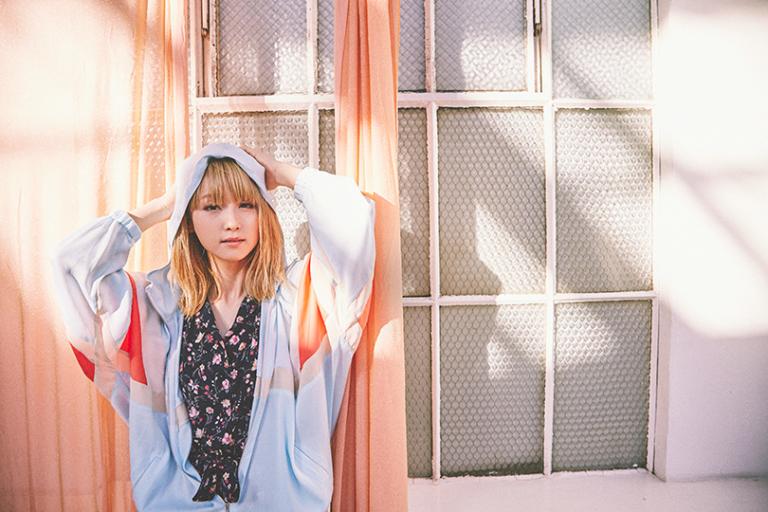 Dream Amiが着る♡ リラックスフェミニンな花柄ロンパース