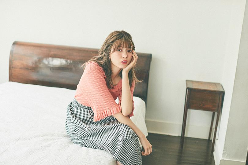 八木アリサvol.7♡ 一枚で映えるオレンジトップス3選!