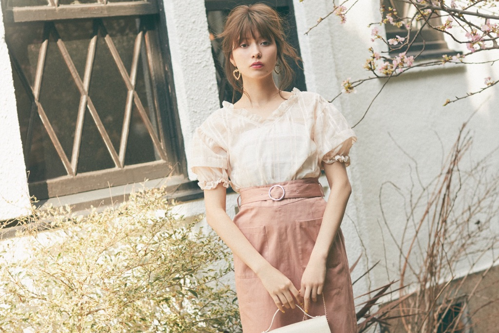 八木アリサvol.8♡ コーデを2倍楽しめるリバーシブルスカート